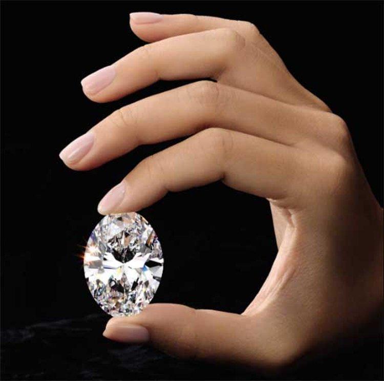 79a0bedea 'Perfect' 88.22-Carat Oval Diamond to Headline Sotheby's Hong Kong Auction.  '